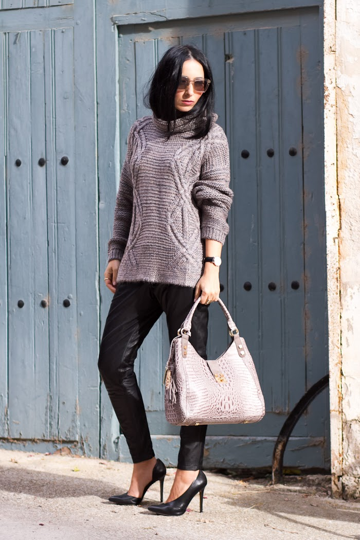 STREETSTYLE TAUPE KNITTED SWEATER and BLACK LEATHER PANTS