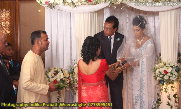 Nuwangi Liyanages Wedding Photos Pictures Sri Lankan Wedding Photo