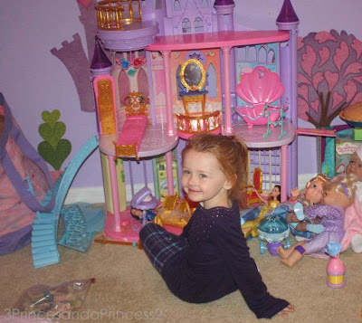 Disney Christmas Toys,  Princess toys, Princess castles
