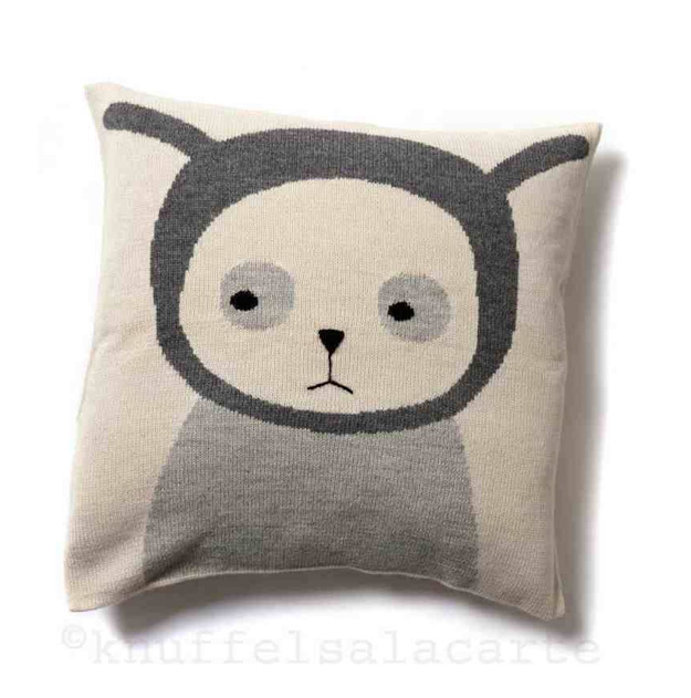 nulle pillow by Luckyboysunday