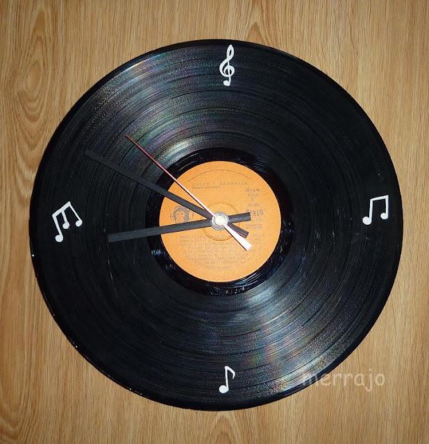 Manualidades merrajo yoli disco reloj de vinilo - Relojes de vinilo ...