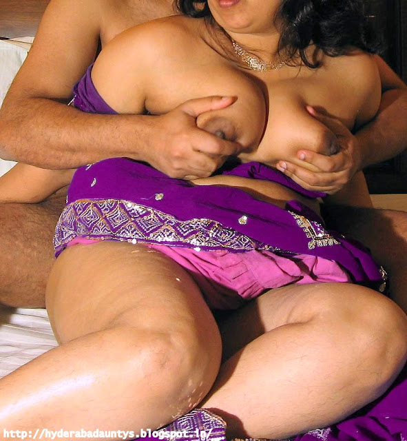South Indian couple – Boobs Squeezed