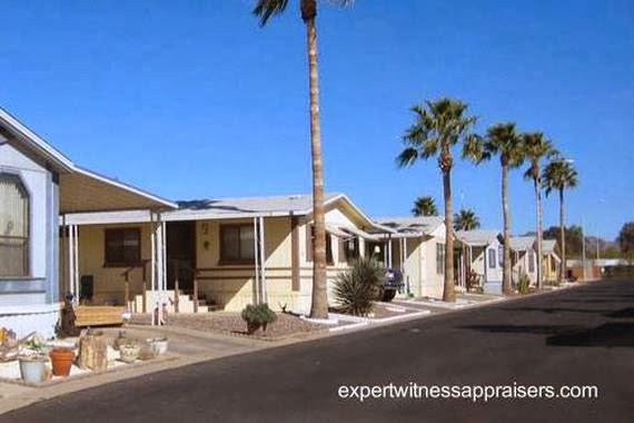 Parqueo de casas móviles en La Florida, Estados Unidos