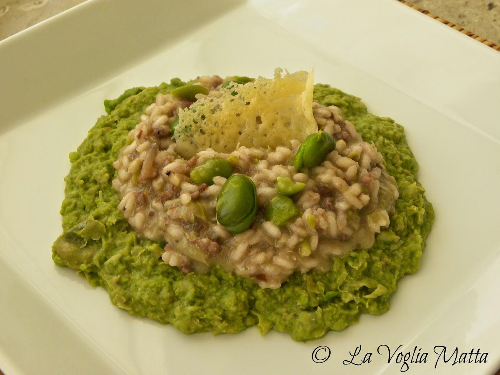 risotto con salsiccia e pecorino di pienza su purea di fave