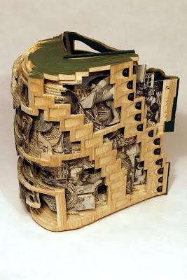 Cărți-sculpture