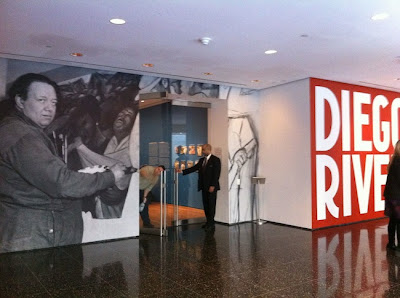 Walking off the big apple manual labor diego rivera for Diego rivera mural new york