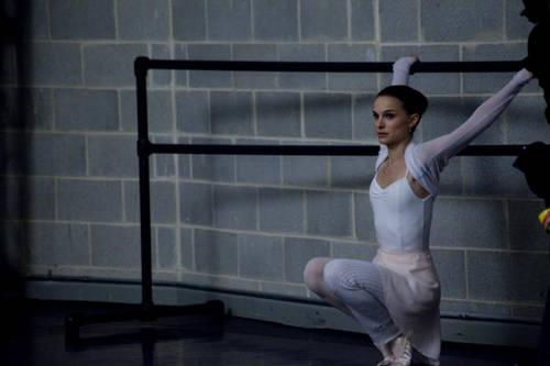 natalie portman black swan scene. Black Swan Legs Scene.