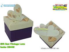 Gift Box Vintage Love