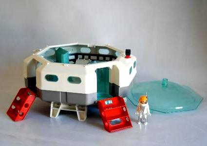 Blog de notas poderoso el chiquit n for Nave espacial playmobil