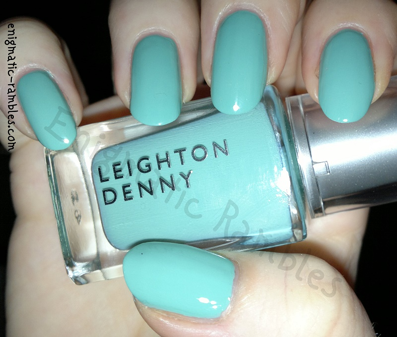 swatch-leighton-denny-morning-dew-pastel-green