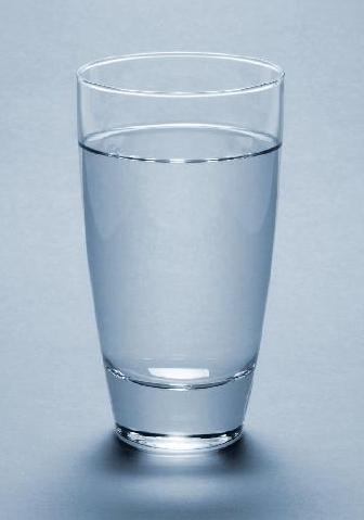 Ini Manfaatnya Minum Air Putih Hangat di Pagi Hari ...