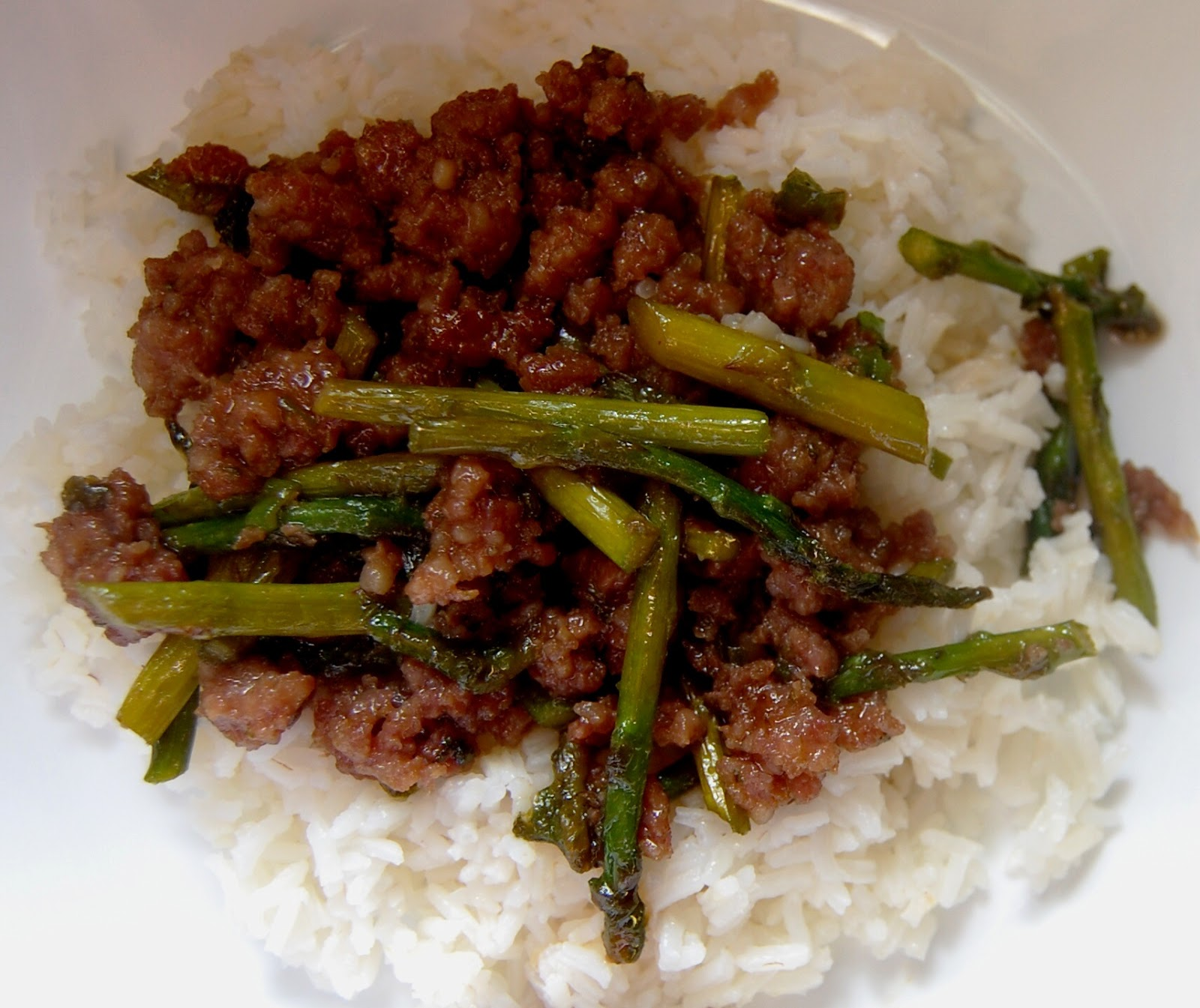 Cassie Craves: Sweet and Spicy Pork and Asparagus Stir Fry