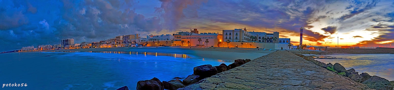 Panoramica de Rota desde Hotel Playa hasta el Muelle
