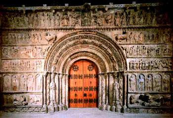 Portalada romànica del monestir de Ripoll