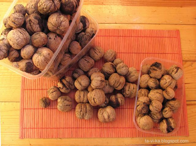 урожай грецких орехов walnut