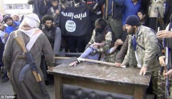 Kumpulan Radikal Syria Muat Naik Gambar Potong Tangan Seorang Lelaki