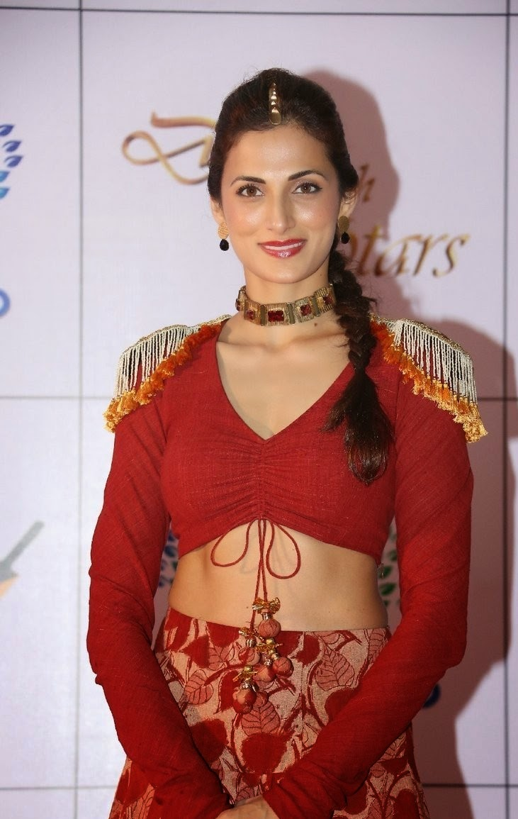 Actress Shilpa Reddy Latest Cute Hot Exclusive Beautiful Red Dress Navel Show Spicy Photos Gallery At Memu Saitam Dine With Stars Event