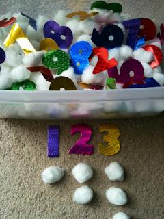 Preschooler number sensory bin