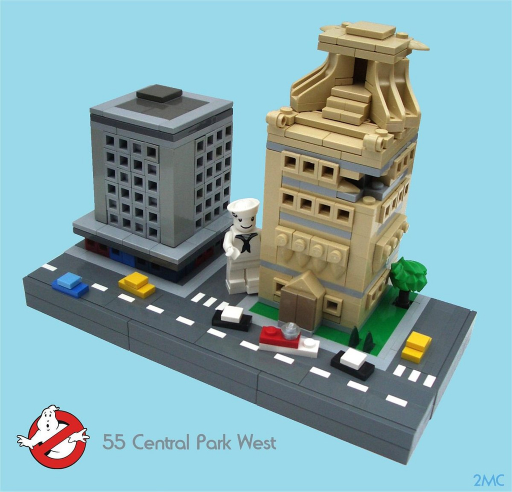 ... : Lego microscale attack of Gozer the Gozerian; Stay-Puft S'mores