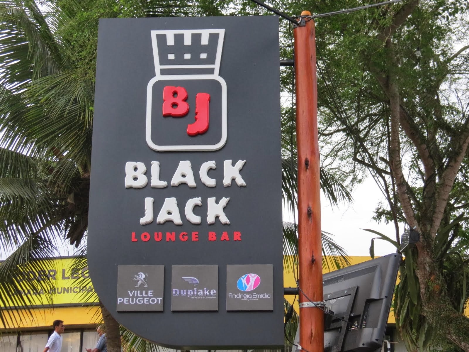 BLACK JACK Lounge Bar