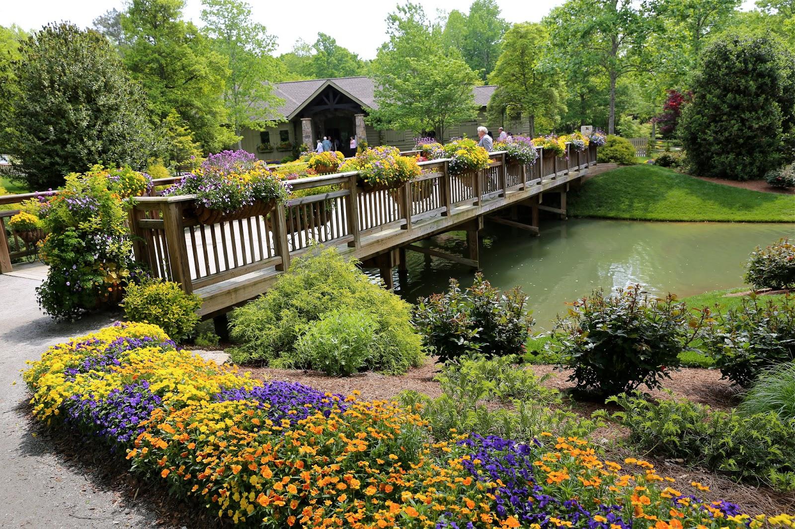 Sweet Southern Days A Tour Of Gibbs Gardens