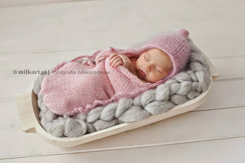 fotografia noworodków, profesjonalne zdjęcia niemowląt, sesja foto dziecka, sesje rodzinne, fotograf Joanna Jaśkiewicz