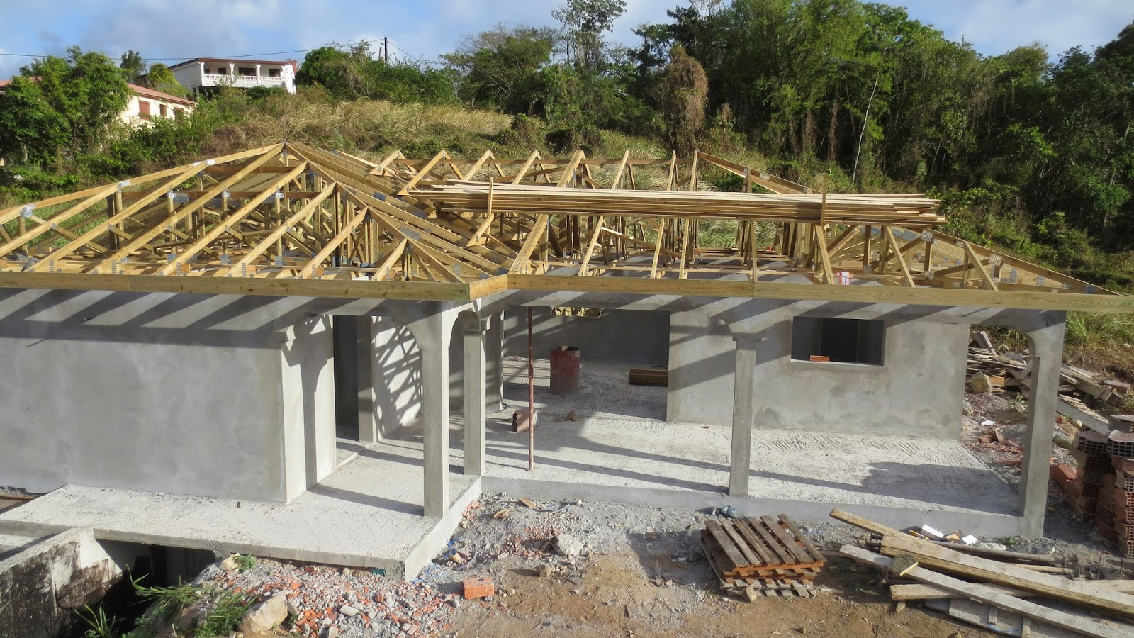 Tarif construction maison martinique la toiture la for Tarif architecte construction maison