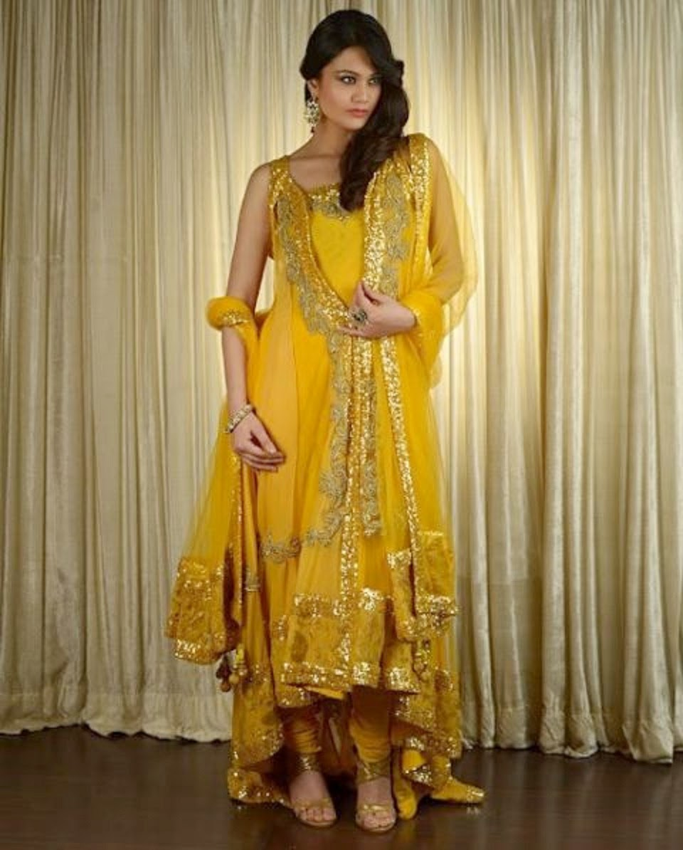 Mehndi Dresses For Wedding In : Latest and best new look bridal mehndi dresses