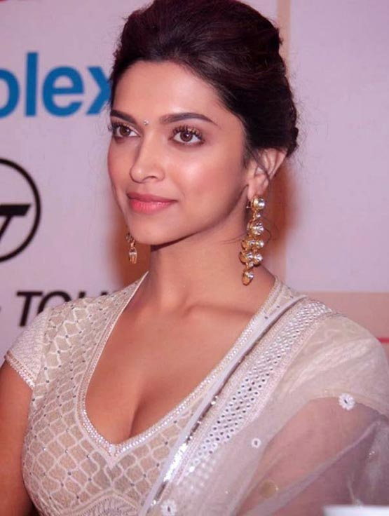 bollywood actress hot and unseen photos of deepika