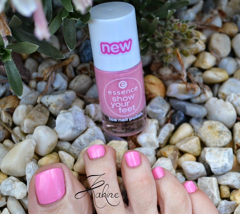 Cotton Candy Nail Polish La Carte: Kakine Nail Art: ESSENCE Cotton Candy (Show Your Feet