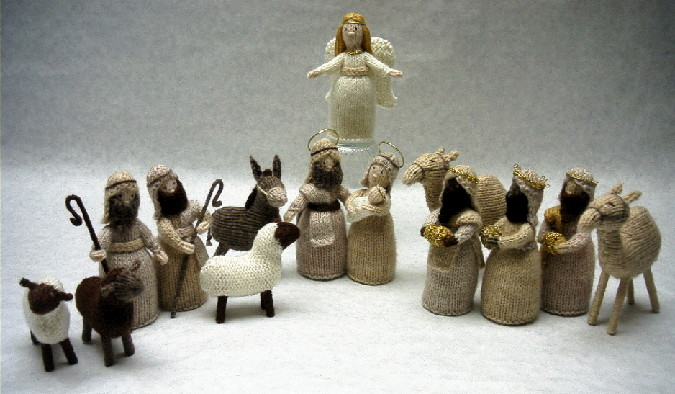 Knitting Patterns Nativity Free : The Knitty Gritty Homestead: Yarn Along: Angels and Greeks