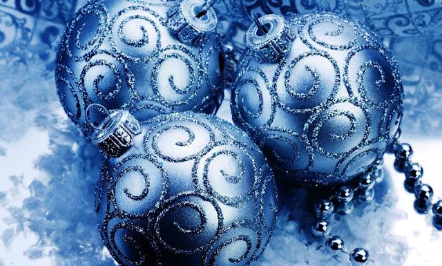 christmas balls images