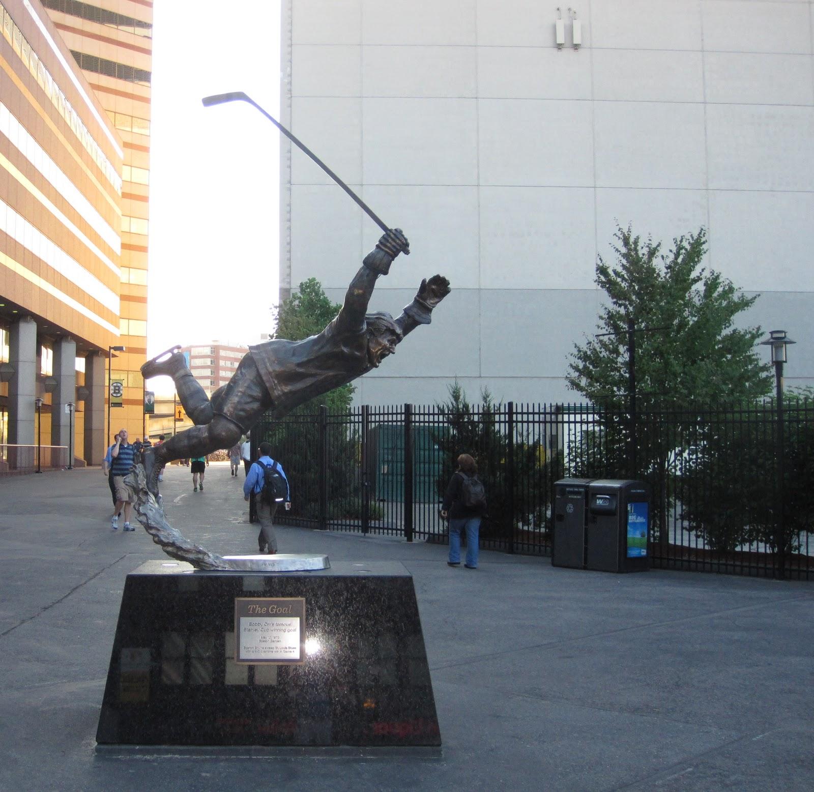Glenn716  Bobby Orr Statue