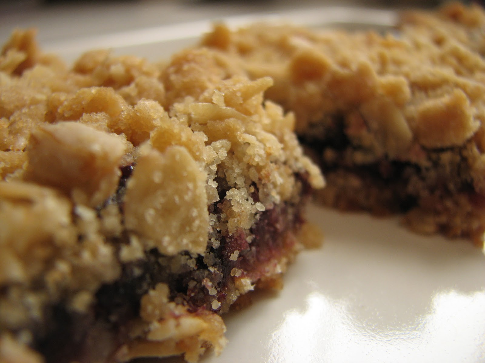 Ashleigh's Kitchen: Black Raspberry Oat Bars