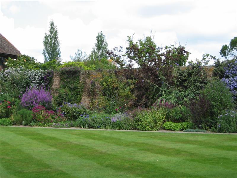 Sous le ciel ardennais les jardins de sissinghurst for Le jardin le muy