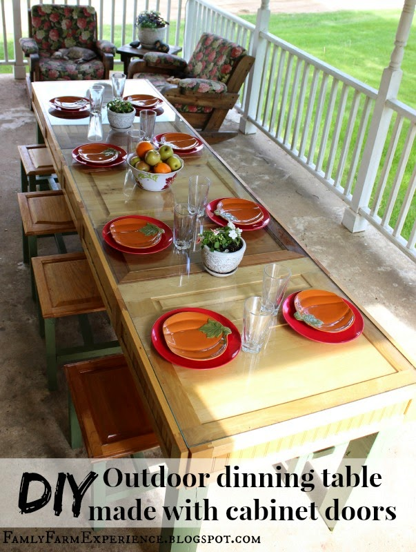 http://familyfarmexperience.blogspot.com/2015/03/diy-outdoor-dinning-table-made-with.html