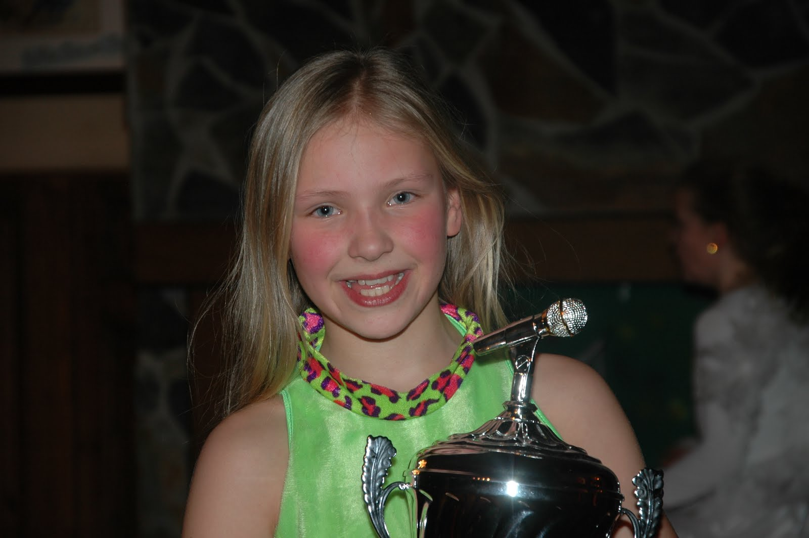 Belgische winnares Hullie kiendjesIdols 2011