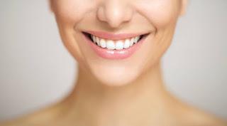 Inilah 3 Cara Memutihkan Gigi Dengan Daun Terbukti Cepat Dan Mudah