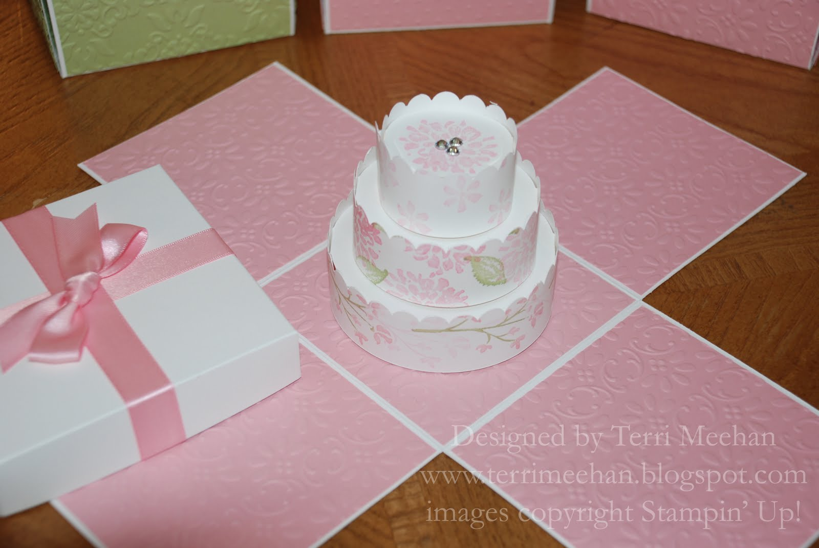 Scrappy Mee Studio Explosion Box w Cake