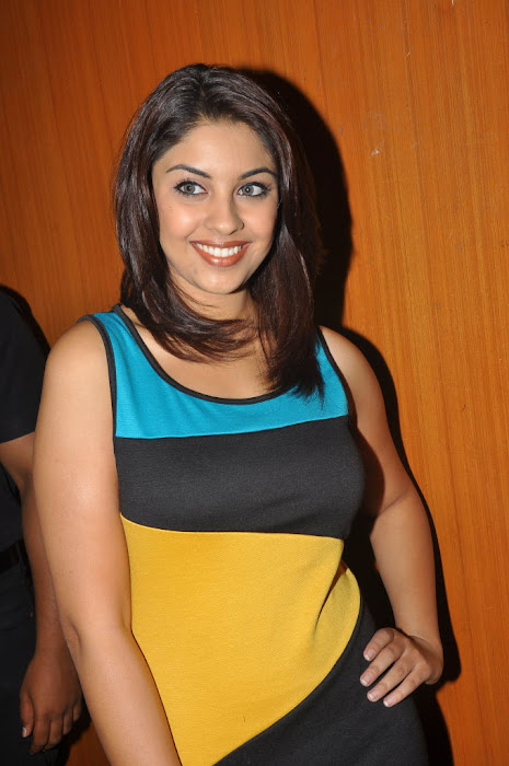 richa gangopadhyay at discount card launch latest photos