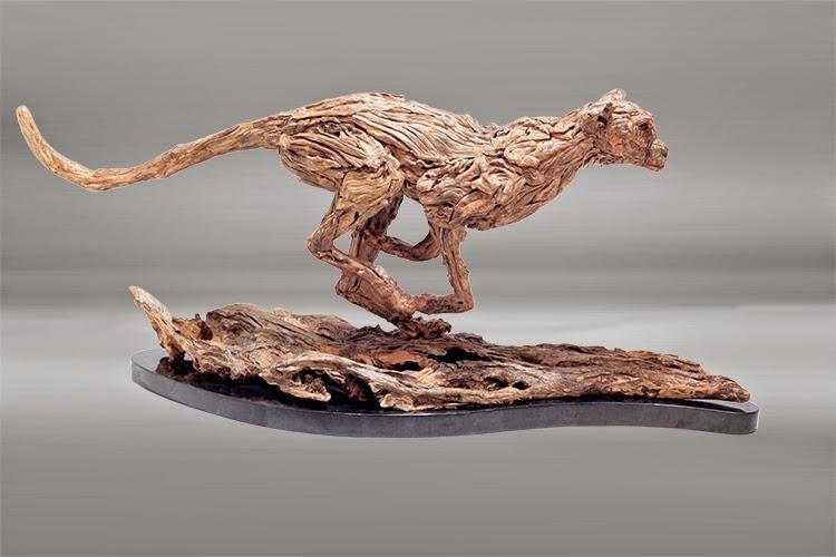 Arte con Madera a la Deriva, Esculturas Hiperrealistas de Caballos