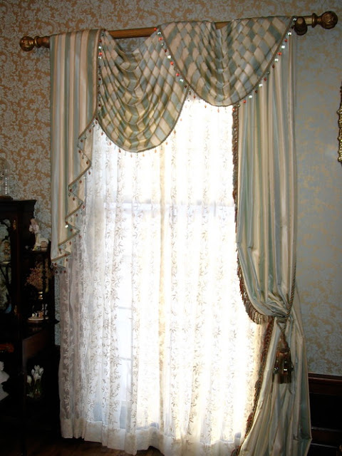 Get inspired by this 2014 New Traditional Curtain Designs Ideas . I ...