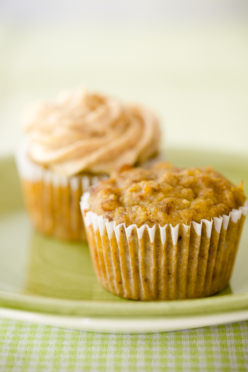 Hummingbird Cupcakes with Pineapple Almond Butter Cream ...