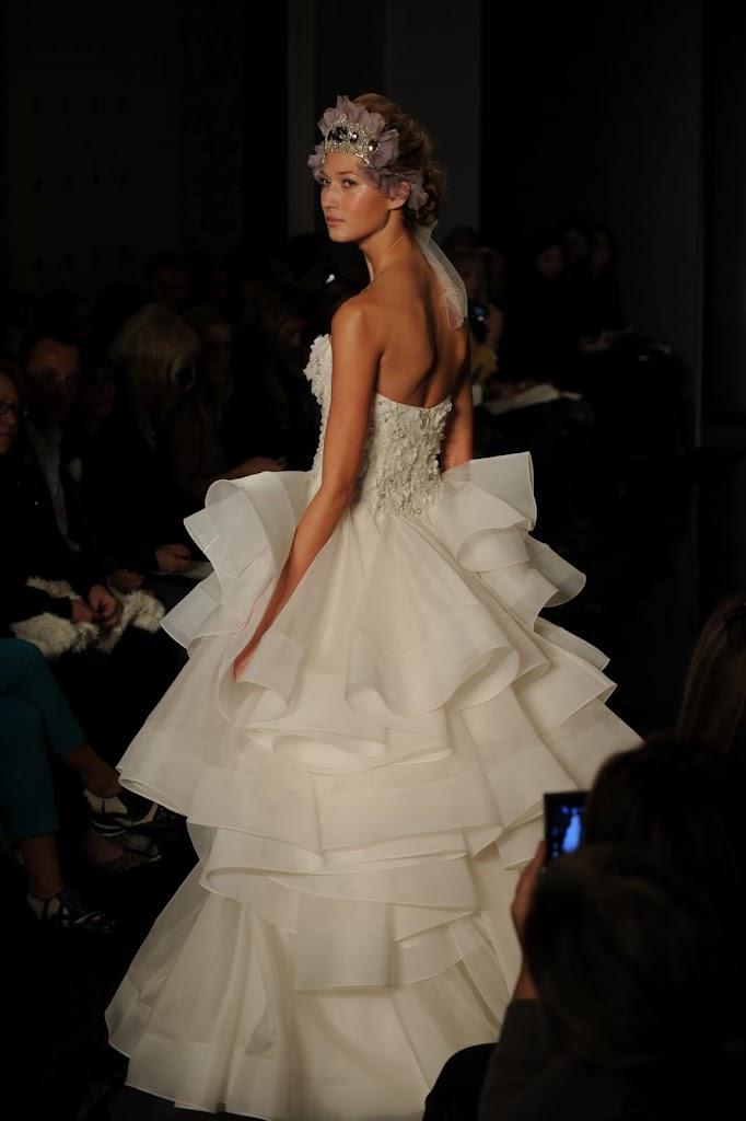 Reem_Acra_Wedding_Dress