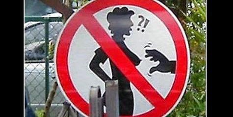 Dilarang pegang payudara