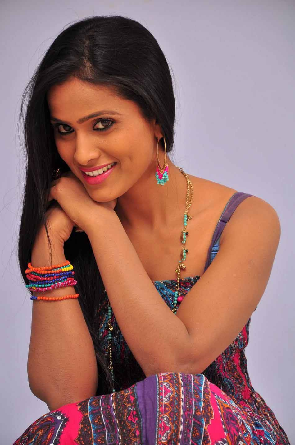 Prashanthi Latest Hot Photoshoot HD images