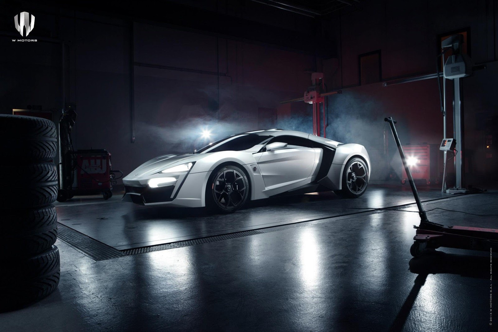 information and review car lykan hypersport is the arab world 39 s first supercar costs 3 4. Black Bedroom Furniture Sets. Home Design Ideas