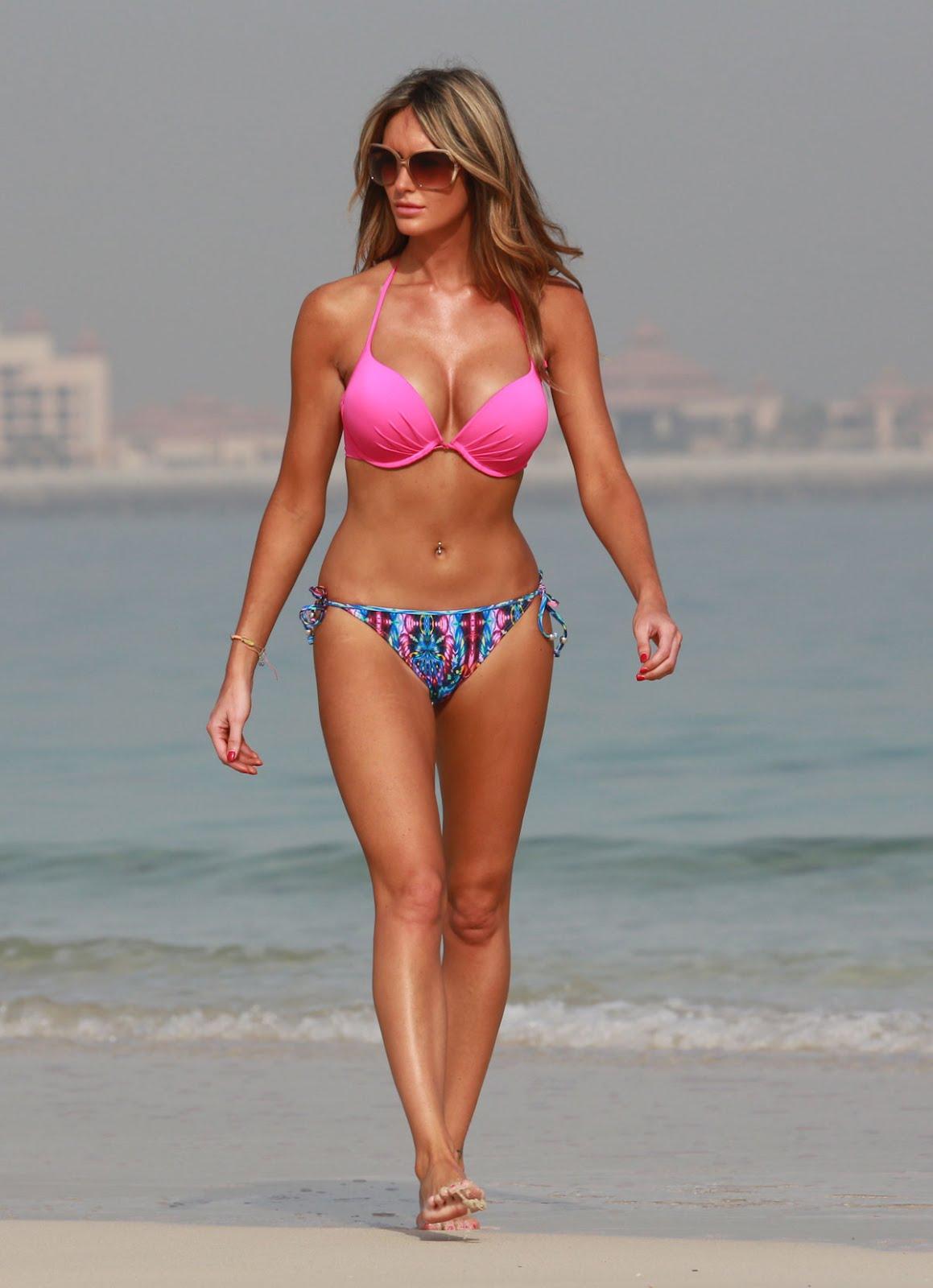 http://3.bp.blogspot.com/-DD0dQgKzV7U/T_Hx9G17-CI/AAAAAAAAHso/qHd5AKjTjjY/s1600/GEORGINA-DORSETT-in-Bikini-on-the-Beach-in-Dubai-12.jpg