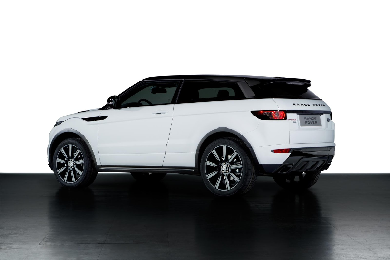 range rover evoque black design 2013 hottest car. Black Bedroom Furniture Sets. Home Design Ideas