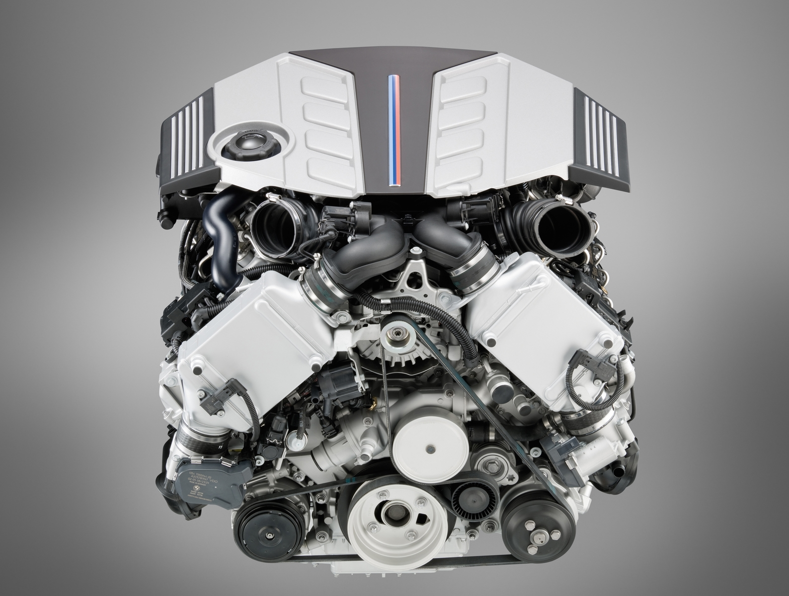 f10 m5 car blog  f10 m5 engine
